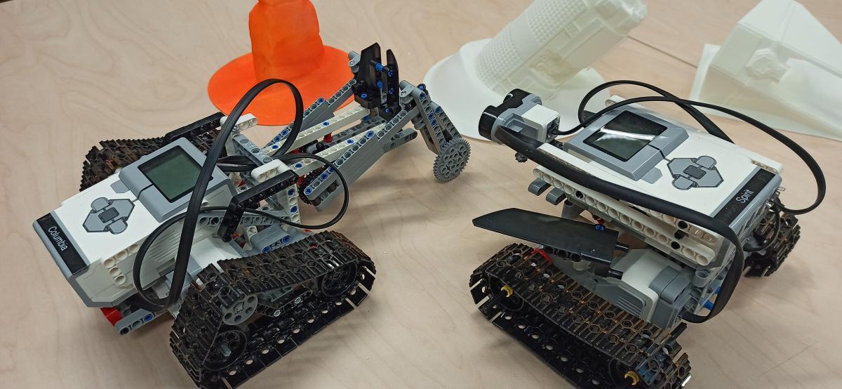 Lego Rovers